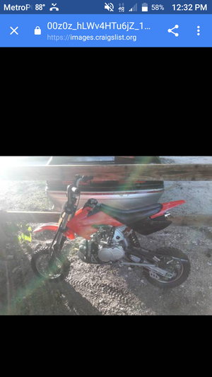 Dirt bike runs great for Sale in Jacksonville, FL