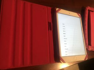 iPad mini 1st Gen - 16GB - White with pink case for Sale in Boca Raton, FL