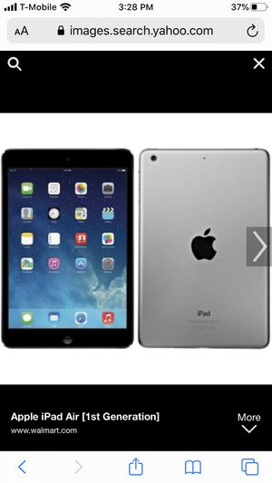iPad 1st gen clean just has two tiny dead pixels that u can't even see for Sale in Tacoma, WA