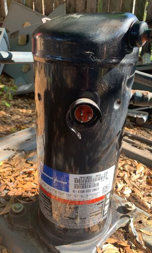 Copeland Scroll 5 ton compressor 410a slightly used. for Sale in Seffner, FL