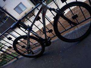 700c Schwinn Connection Men's Multi-Use Bike, Silver for Sale in Los Angeles, CA