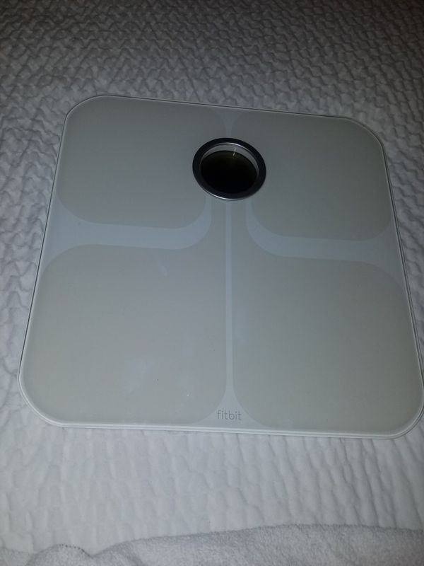 SCALE FITBIT