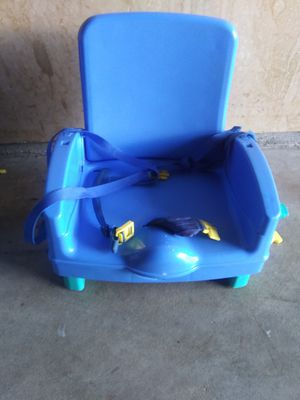 Kids feeding chair for Sale in Columbus, OH