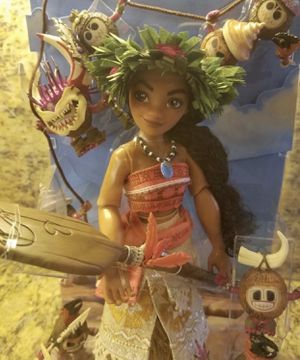 Disney Designer Doll Folktale Collection MOANA Doll Set Limited Edition NEW for Sale in Pembroke Pines, FL