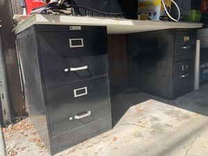 """2 -2 drawer file cabinets with large table top 36x 65"""" for Sale in Los Angeles, CA"""