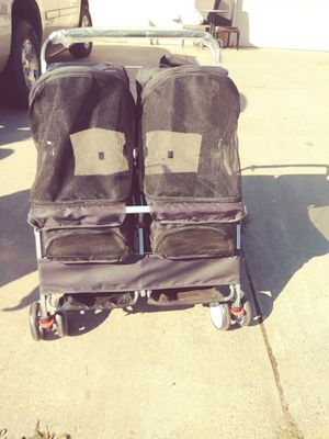 Double stroller for dogs, great Christmas present for Sale in Rancho Cordova, CA