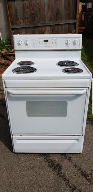 Frigidaire electric stove! for Sale in Clackamas, OR