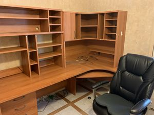 Office furniture and chair for Sale in Mission Viejo, CA