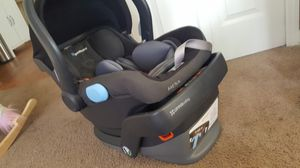 UPPAbaby MESA car seat and base for Sale in Orlando, FL