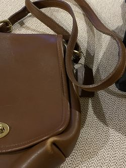 Vintage Coach Leather Purse Crossbody for Sale in North Bend,  WA