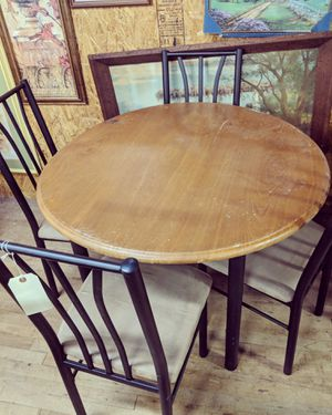 Table and 4 chairs for Sale in Midway Park, NC