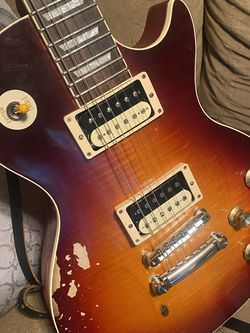 Gibson Les Paul for Sale in Elyria,  OH