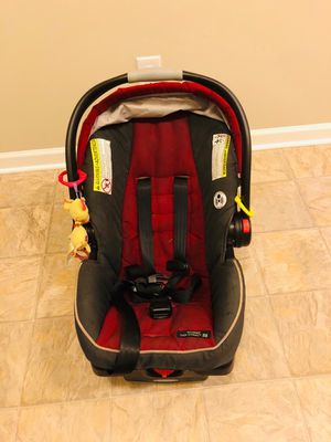 Graco infant car seat for Sale in Parma Heights, OH