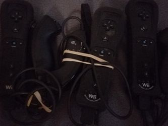 Black Wii Motion Plus Remotes And Chuck for Sale in Vancouver,  WA