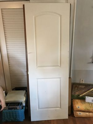 """Doors: 27 5/8"""" X 80"""" two panel interior doors have 5 available for Sale in Forest Park, GA"""