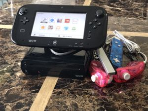 Nintendo Wii U (Mario Kart 8 Pre-Installed) for Sale in Dublin, OH