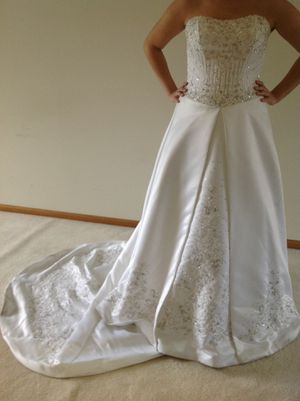 Wedding Dress for Sale in Lockport, IL