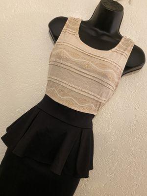 PAPAYA, Gold & Black Sleeveless Dress, Size M for Sale in Phoenix, AZ
