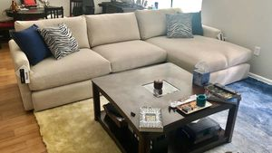 Sectional couch (made by Bassett, excellent condition) for Sale in Washington, DC