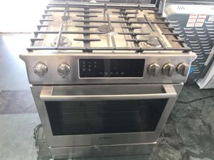 """30"""" NEW BOSCH SLIDE GAS STOVE STAINLESS STEEL WITH ONE YEAR WARRANTY for Sale in Woodbridge, VA"""