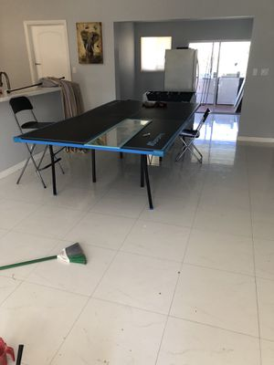 Md Sports Table Tennis with (Rackets) for Sale in Miami, FL