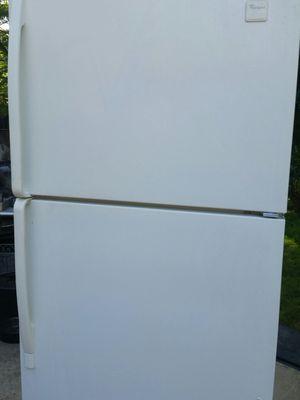 Refrigerator top freezer 4 months warranty for Sale in Alexandria, VA