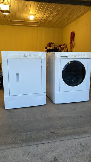 Frigidaire stackable washer and dryer. for Sale in Eastman, GA