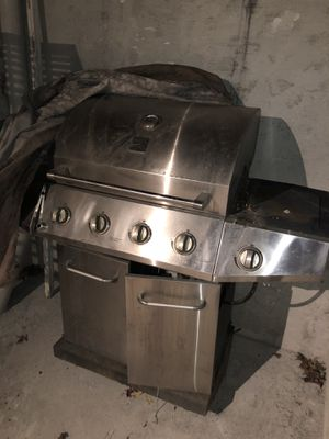 BBQ grill for Sale in Queens, NY