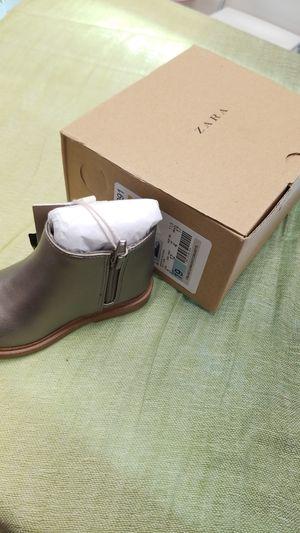 Zara Gold boot for baby Girl for Sale in Pembroke Pines, FL