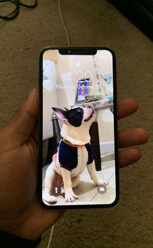 iPhone X 64 GB Tmobile for Sale in Miami Gardens, FL