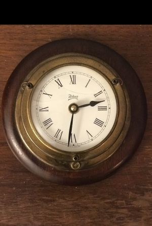 Abbey wooden clock ( antique) made in England for Sale in San Antonio, TX