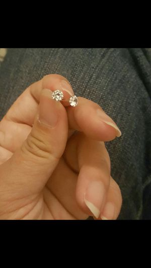 Real silver zircon diamond small stud earrings for men and women for Sale in Moreno Valley, CA