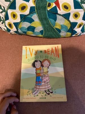 Ivy and Bean book 5 for Sale in Carol Stream, IL