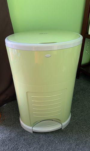 Dekor diaper trash can for Sale in Miami, FL