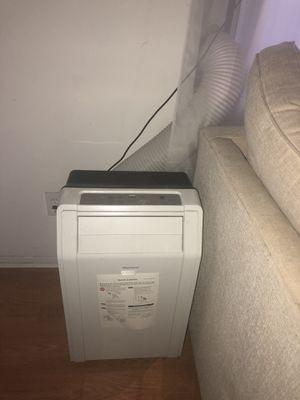 Keystone portable ac unit- air conditioner for Sale in Los Angeles, CA