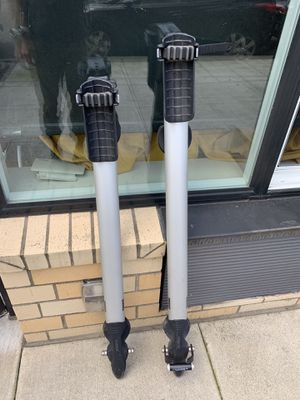THULE Bike Rack (roof) for Sale in Portland, OR