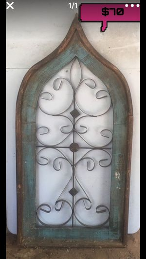Rustic ventana for Sale in Austin, TX