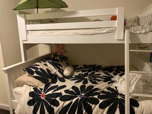 Bunk bed in almost perfect condition for Sale in Redmond, WA