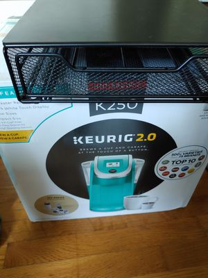 Keurig 2.0 coffee maker + FREE metal tray Kcup holder for Sale in Potomac, MD