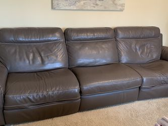 Leather Reclining Sofa for Sale in Villa Park,  IL