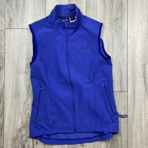Patagonia lightweight vest* womens medium* Lumbar pocket for storage Good used condition* smoke and pet free for Sale in Spokane, WA