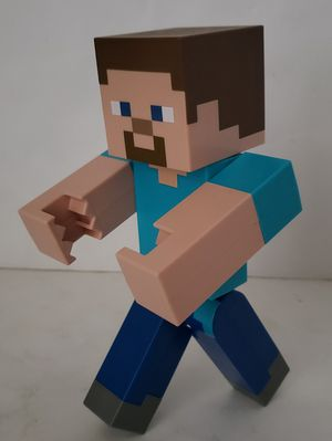 """Minecraft Large Scale Steve 8.5"""" Action Figure for Sale in St. Petersburg, FL"""