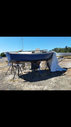 Free boat Cal 20 project free for Sale in Portland,  OR