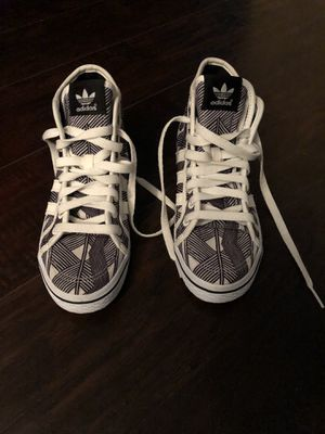 New ADIDAS hightop Sneakers 5 1/2 for Sale in Plantation, FL