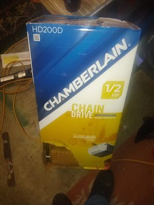 Chamberlain 1/2 hp chain driven garage door opener for Sale in Virginia Beach, VA