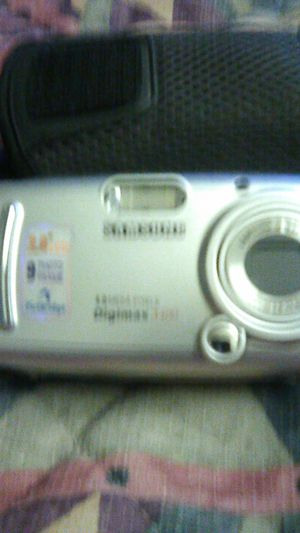 Samsung digimax 4.0 camera for Sale in Tulare, CA