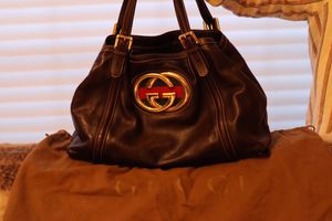 Gucci Leather Britt Tote Double G for Sale in Renton, WA