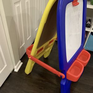 Easel Board With Magnet And Chalk for Sale in Fort Lauderdale, FL