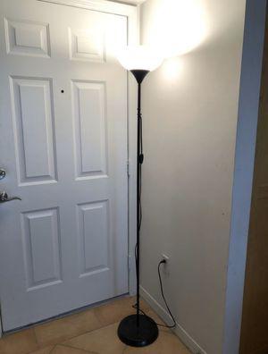 Floor lamp for Sale in Miami Beach, FL