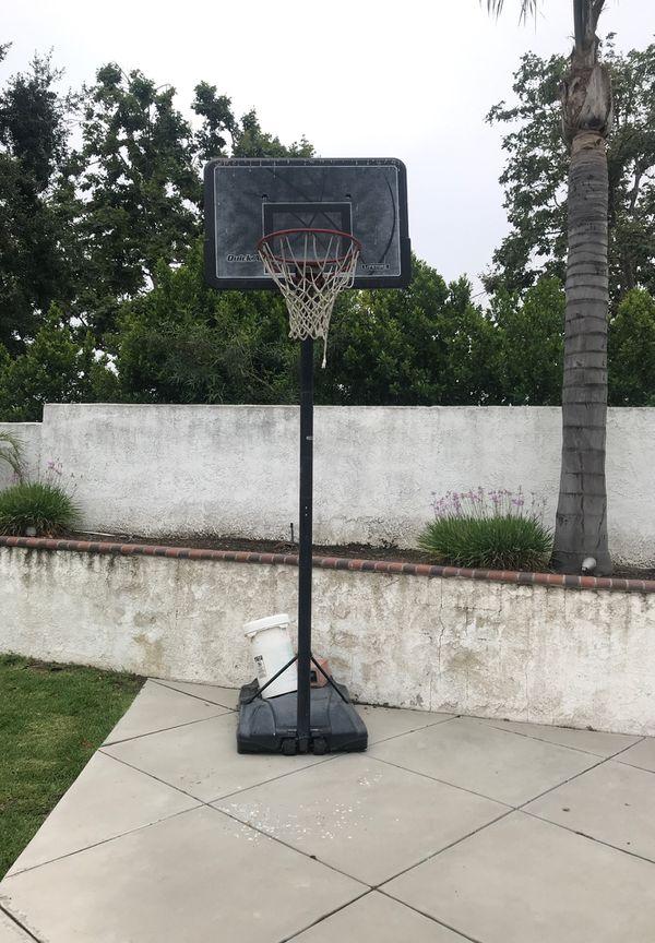 Basketball hoop adjustable